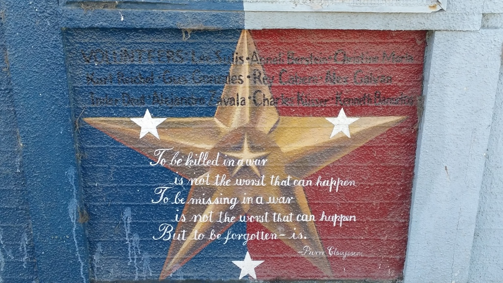 Beautiful Sentiment  - Let's Not Forget Those Who Served!
